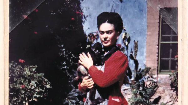 frida-kahlo-wallpaper7-600x338