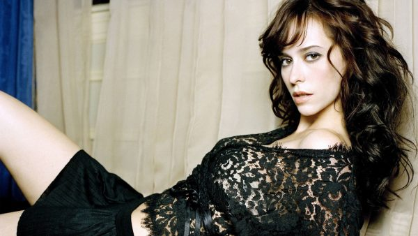 jennifer-love-hewitt-wallpaper-600x338