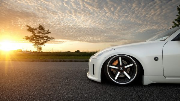 nissan-350z-wallpaper10-600x338