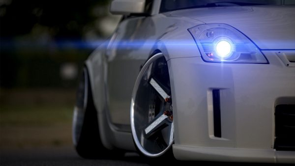 nissan-350z-wallpaper2-600x338