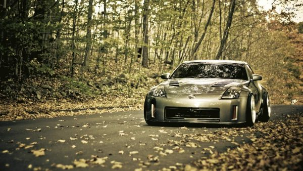 nissan-350z-wallpaper4-600x338