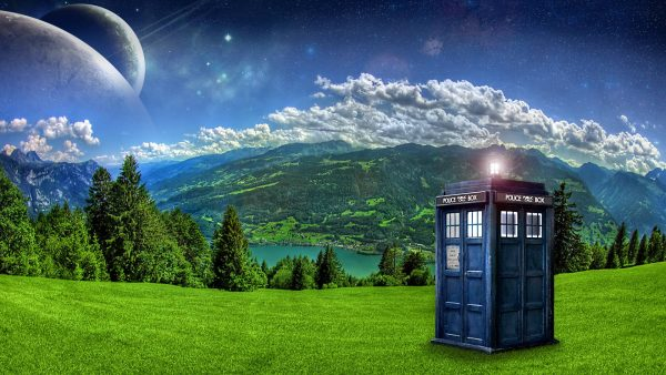 tardis-wallpaper-iphone9-600x338