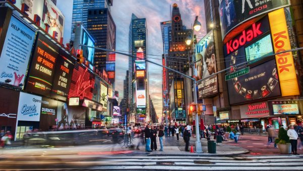 times-square-wallpaper1-600x338