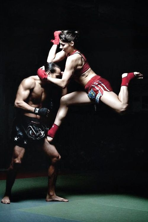 %E2%80%98Muay-Thai-Lady%E2%80%99-muaythai-martialarts-wallpaper-wp4803756