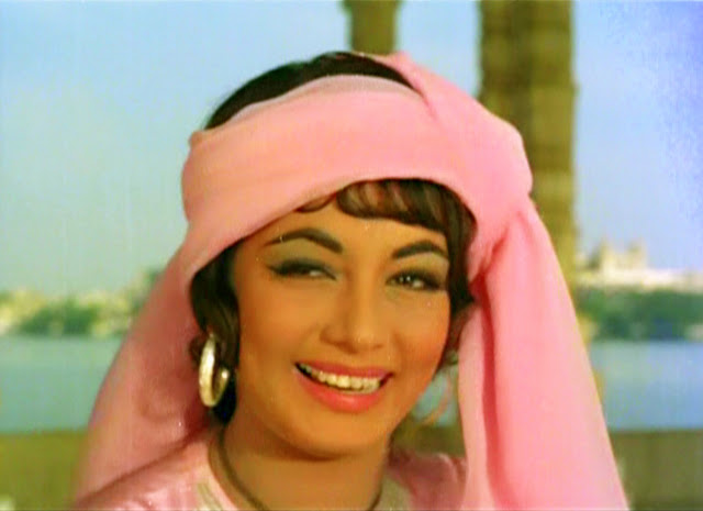 A-Legendary-Star-Sadhana-wallpaper-wp300835