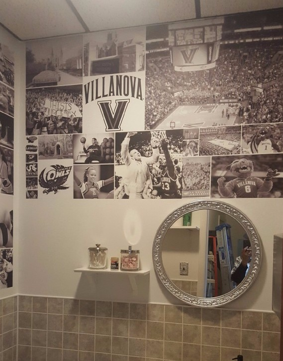 A-barber-shop-owner-uses-our-removable-photo-to-turn-his-biz-into-a-Philly-sports-machine-wallpaper-wp5803190
