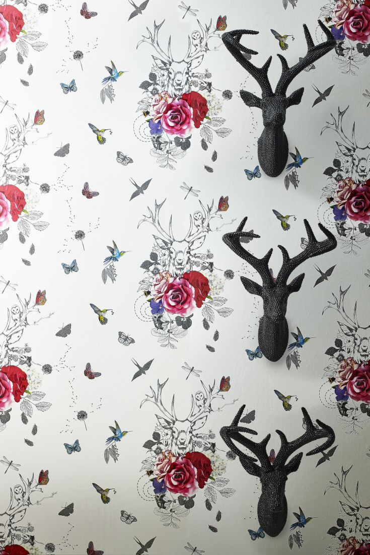 A-magical-stag-motif-surrounded-by-woodland-creatures-flowers-and-birds-Bold-pink-flowers-contras-wallpaper-wp423365