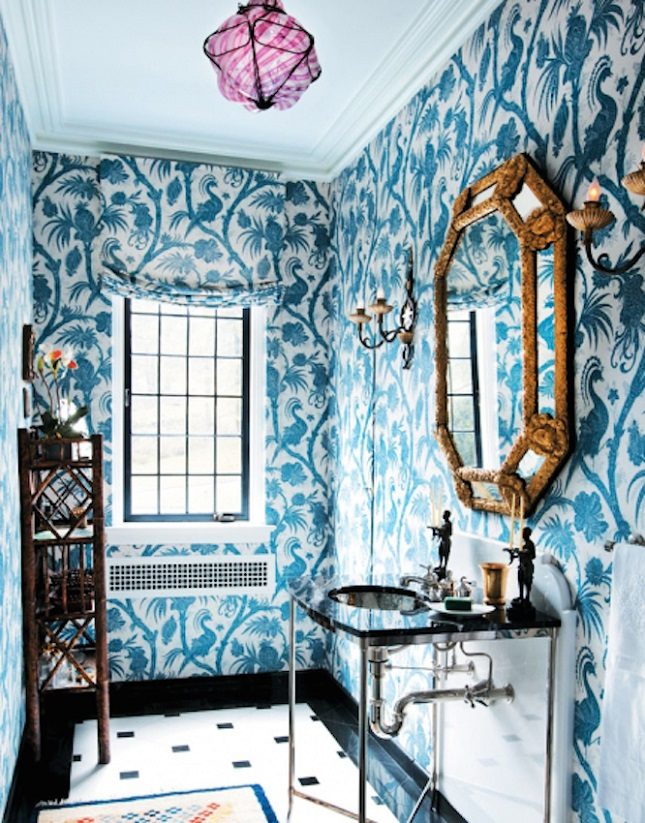 A-nature-themed-bathroom-doesn-t-always-have-to-involve-neutral-colors-wallpaper-wp4404075