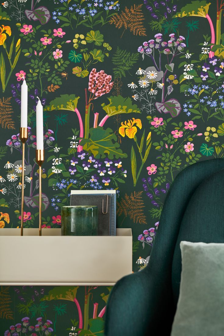 A-stunning-design-featuring-bright-flowers-leaves-and-rhubarb-plants-on-a-dark-green-back-wallpaper-wp423383
