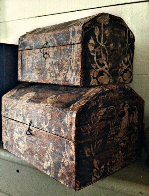 AGED-BOXES-wallpaper-wp5203908