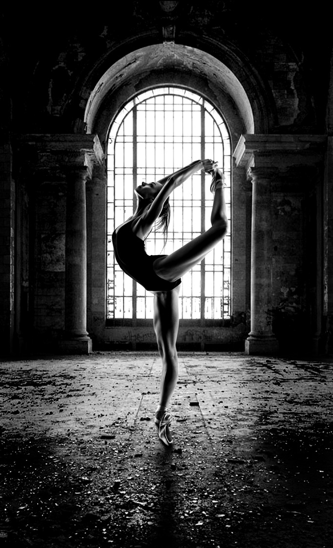 Abandoned-Building-Ballet-mono-ballet-dancer-Jacksonville-Florida-by-Greg-Waters-wallpaper-wp5004082