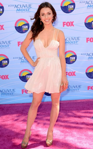Actor-Dancer-Kathryn-McCormick-KathrynrMccat-Teen-Choice-Awards-in-Gorgeous-Dress-wallpaper-wp423439-1
