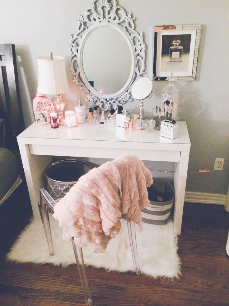 Adore-The-Mirror-wallpaper-wp5203562