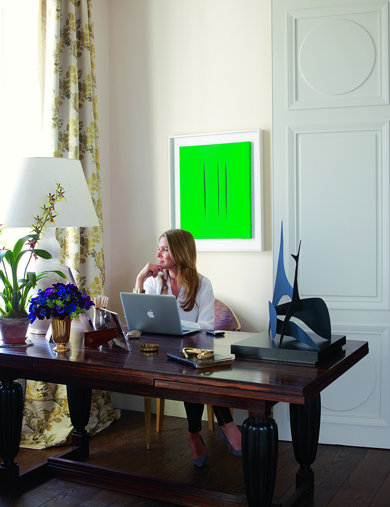 Aerin-at-home-on-Park-Ave-where-a-Lucio-Fontana-canvas-brightens-her-work-area-Photo-by-Simon-Upto-wallpaper-wp5403088