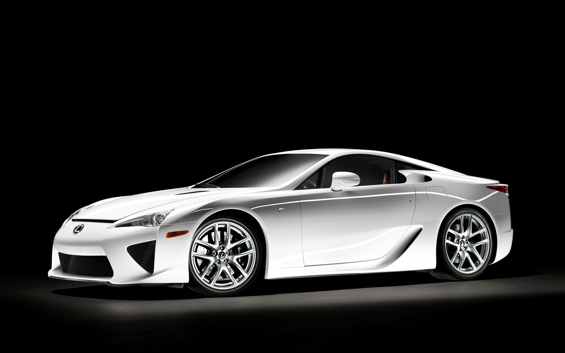 Affordable-Lexus-Lfa-In-p-HD-Cars-Gallery-Ideas-wallpaper-wp423480-1