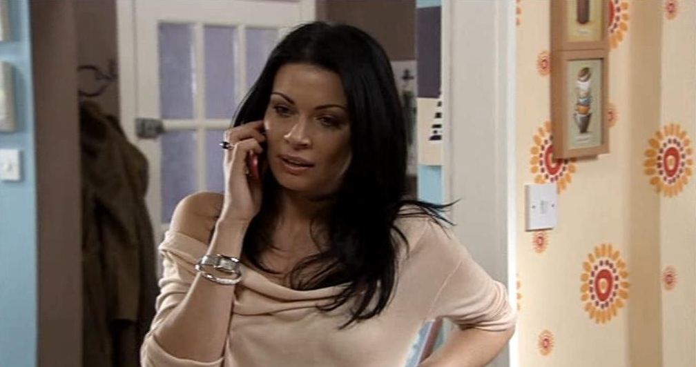 Ali-as-Carla-Connor-wallpaper-wp5803362