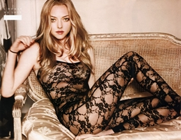 Amanda-Michelle-Seyfried-is-an-American-actress-and-model-Get-her-Hottest-and-y-Pics-and-HD-Wallp-wallpaper-wp6001989