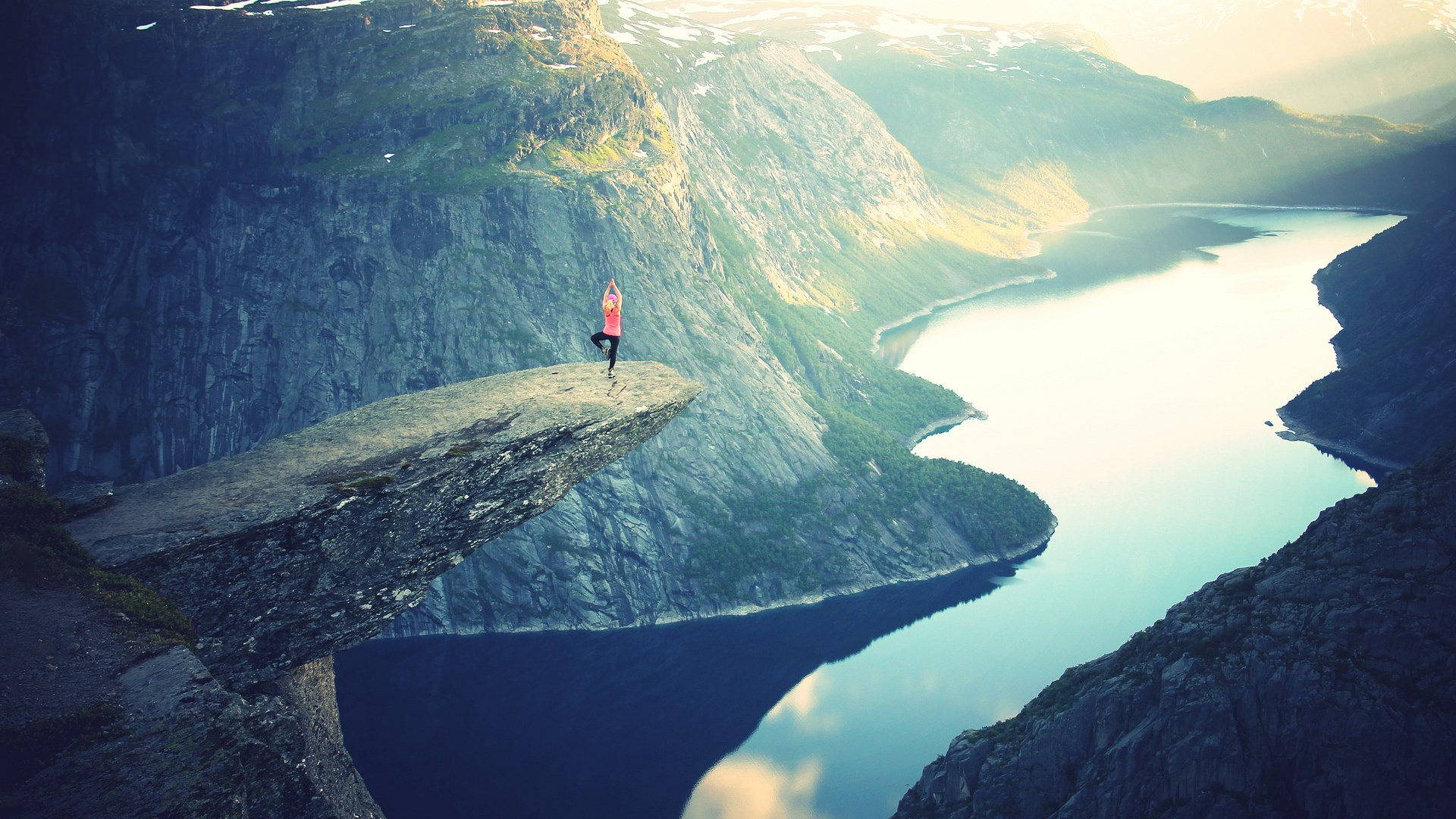 Amazing-Earth-Trolltunga-HD-1920x1080-Need-iPhone-S-Plus-Background-for-IPhoneS-wallpaper-wp3402296