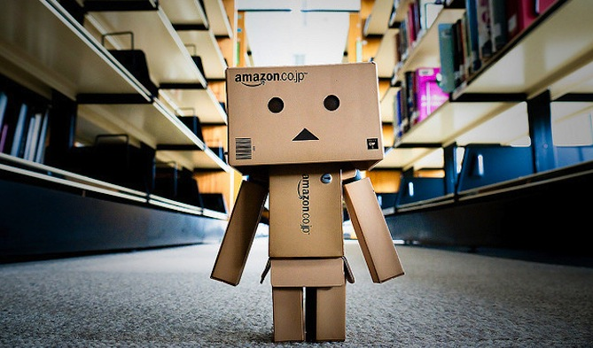 Amazon-Box-Man-wallpaper-wp4404381