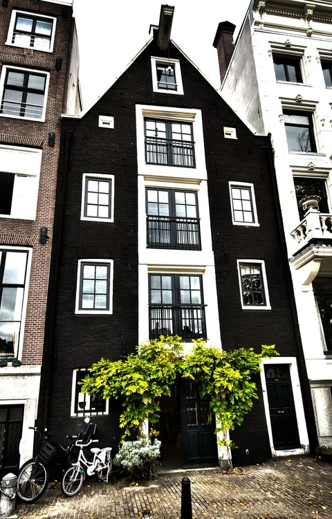 Amsterdam-The-Netherlands-I-want-to-go-here-and-then-live-here-forever-and-ever-because-its-so-be-wallpaper-wp3003190