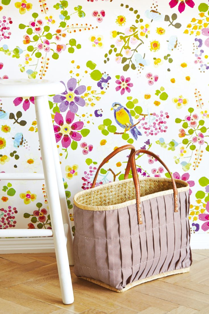 An-abundant-array-of-colourful-flowers-and-berries-in-a-hand-painted-design-wallpaper-wp423619