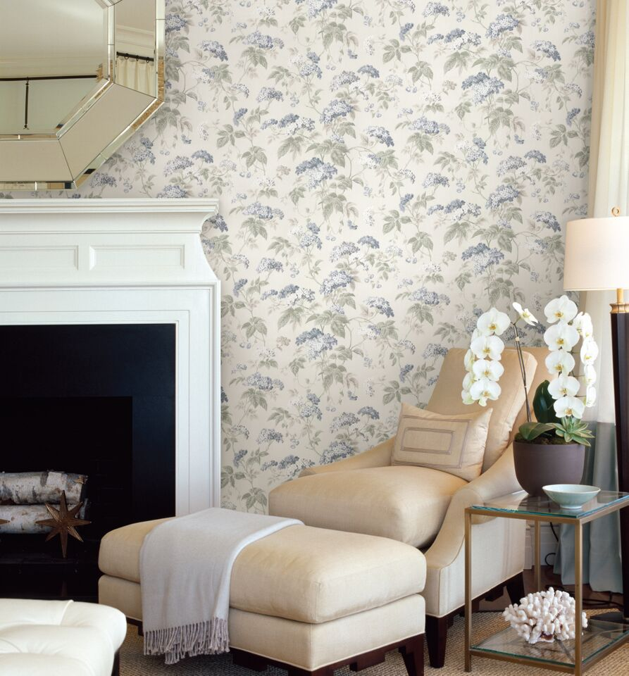 An-all-over-design-featuring-a-delicate-stylised-floral-trail-of-blossoming-cow-parsley-an-wallpaper-wp423623