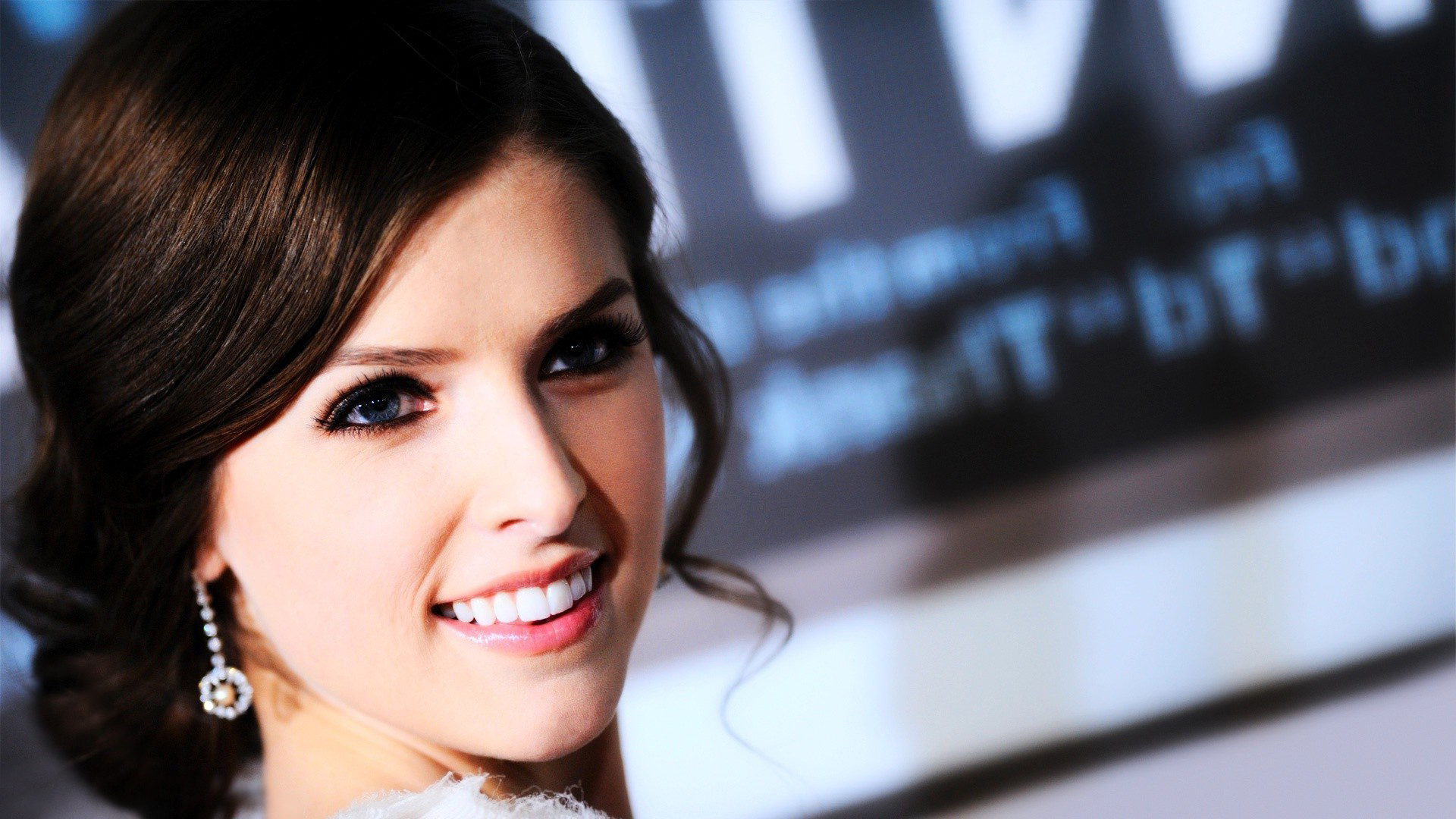 Anna-Kendrick-Desktop-1920%C3%97-Anna-Kendrick-Adorable-Wallpa-wallpaper-wp3602605