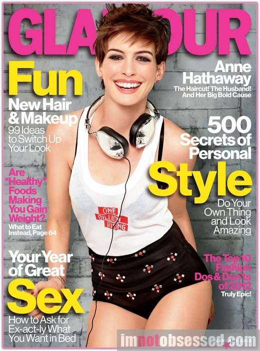 Anne-Hathaway-Looks-Hot-in-Glamour-Magazine-wallpaper-wp4401376