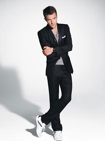 Another-pic-from-the-GQ-shoot-wallpaper-wp4404541