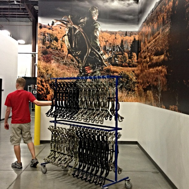 Another-rack-of-Hoyt-Carbon-risers-are-born-and-make-their-way-through-the-Hoyt-Factory-in-preparati-wallpaper-wp4404542