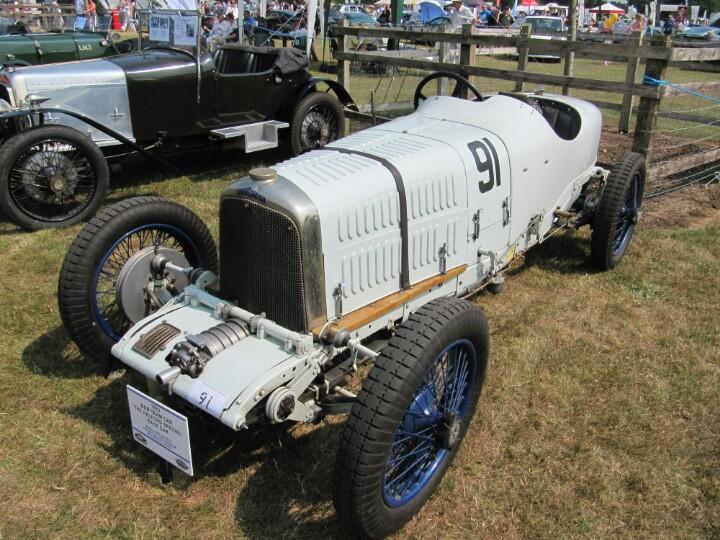 Aston-Martin-BM-team-car-The-Halford-Special-race-car-wallpaper-wp5803671