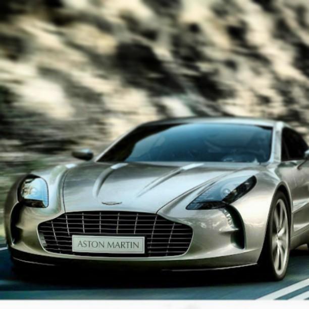 Aston-Martin-One-wallpaper-wp5801502