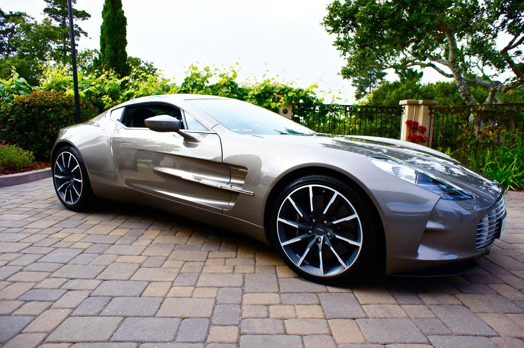 Aston-Martin-One-wallpaper-wp5801603
