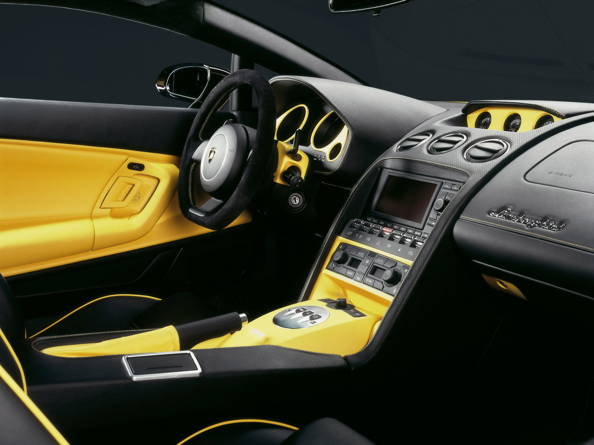 Awesome-Lamborghini-Gallardo-Interior-Picture-wallpaper-wp5004863