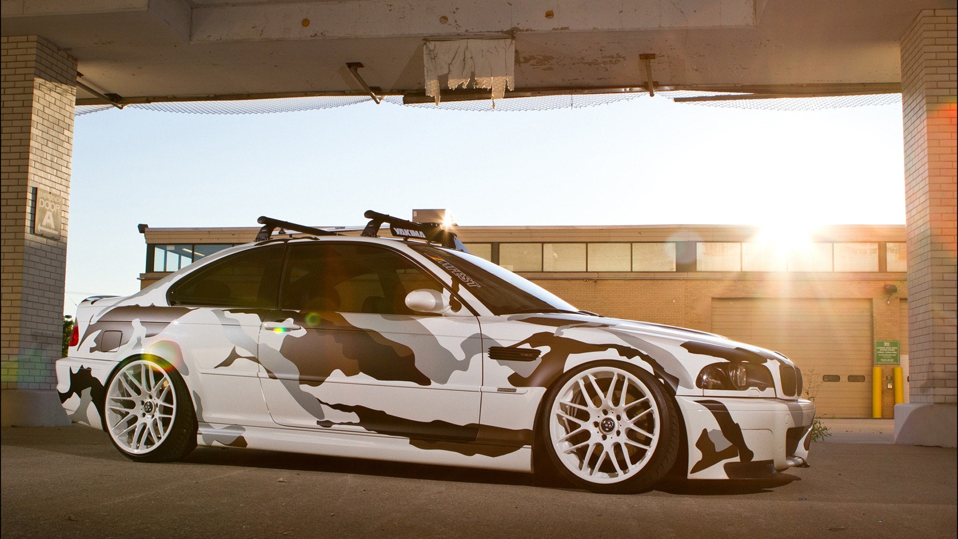 BMW-M-pic-from-www-hotszots-eu-wallpaper-wp3403434
