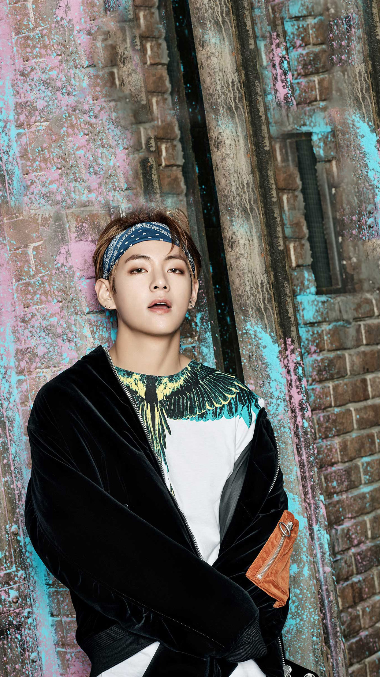 BTS-V-Bangtan-Boys-Kim-Taehyung-wallpaper-wp600631
