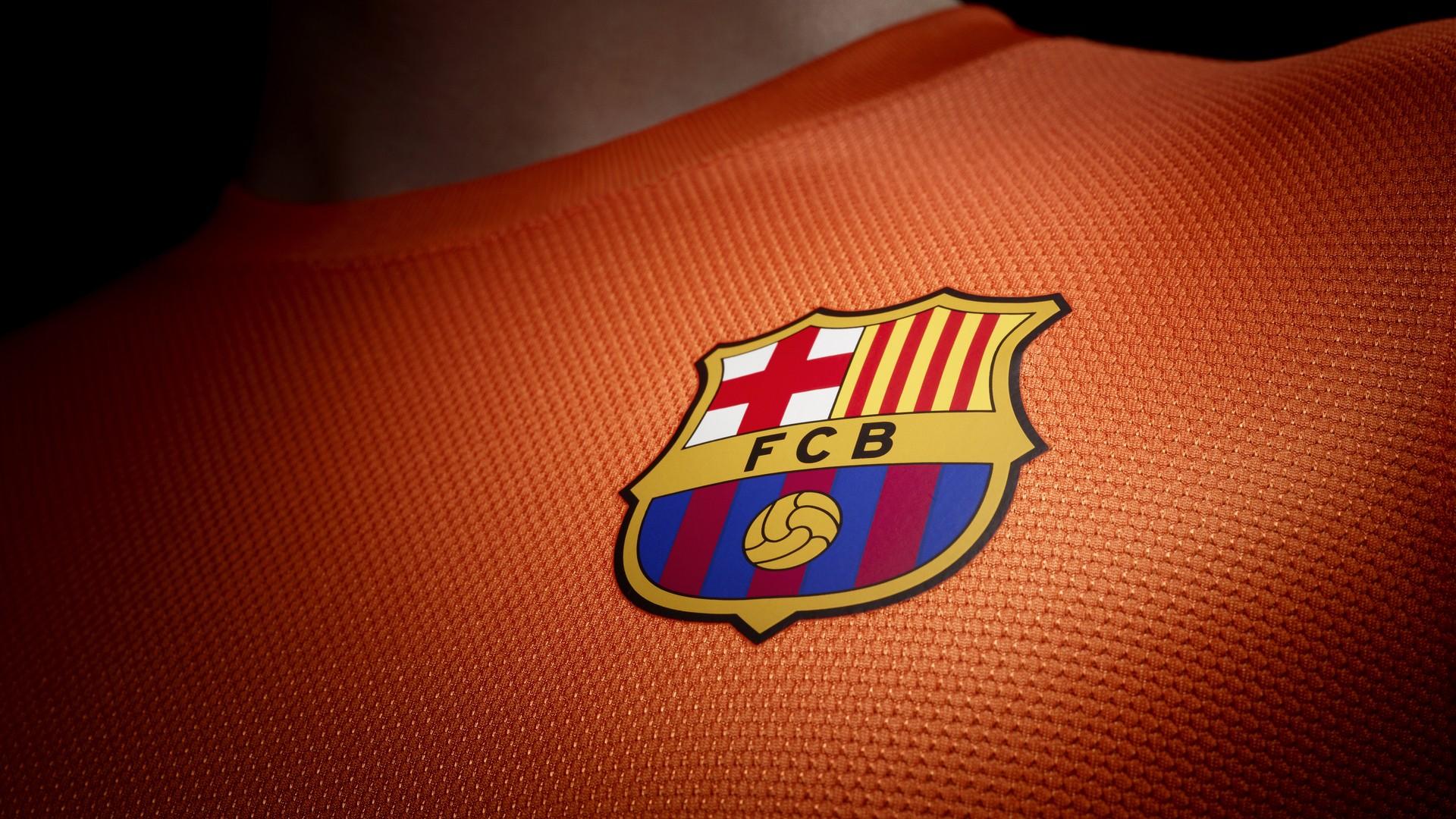 Barcelona-Jersey-Patch-wallpaper-wp3402854