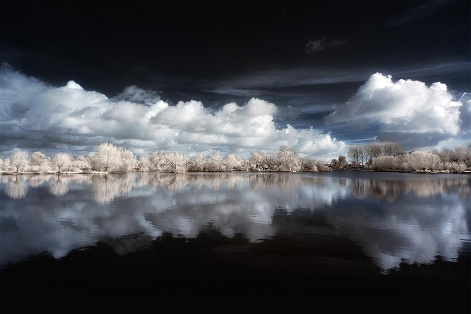Beautiful-Mirror-Of-Nature-D-Photo-wallpaper-wp4003348-1