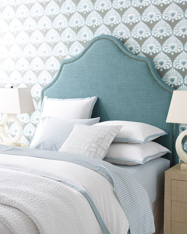 Beautiful-bedroom-with-and-teal-headboard-wallpaper-wp4404928