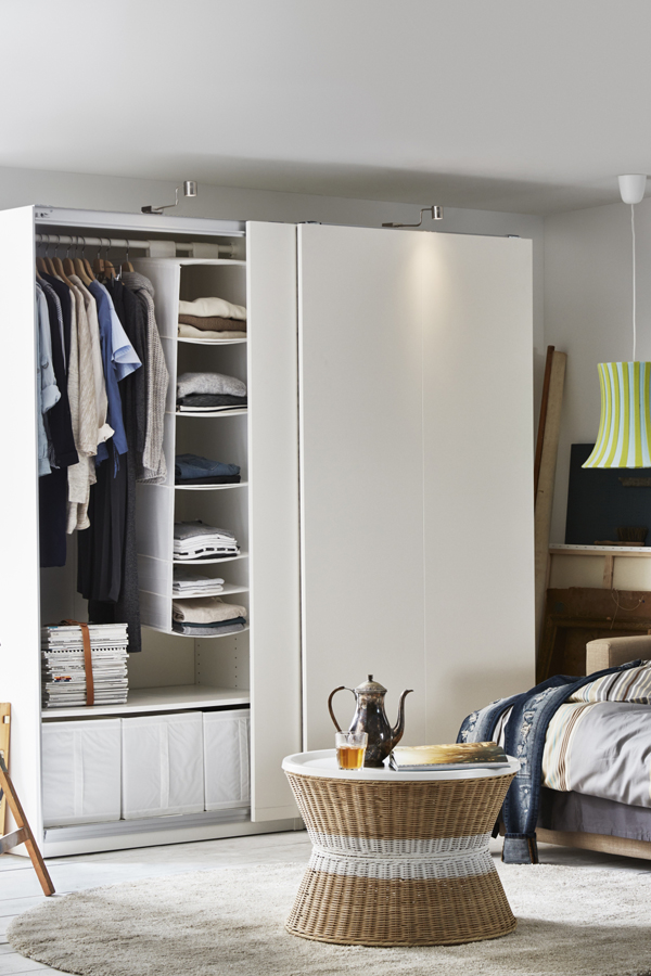 Bedroom-organization-made-easy-IKEA-PAX-fitted-wardrobes-let-you-choose-it-all-the-size-color-an-wallpaper-wp3003585