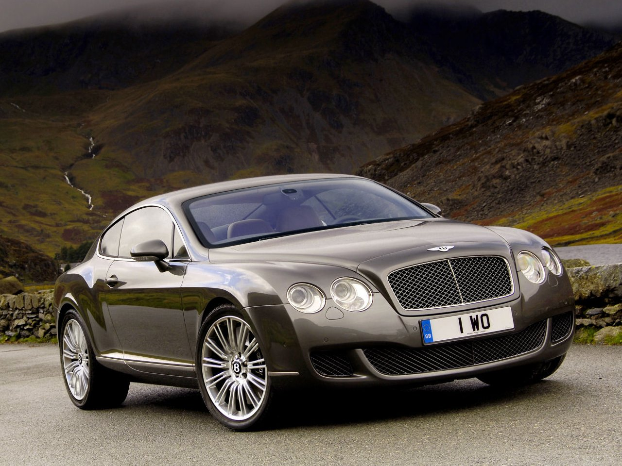Bentley-destop-hd-wallpaper-wp424058
