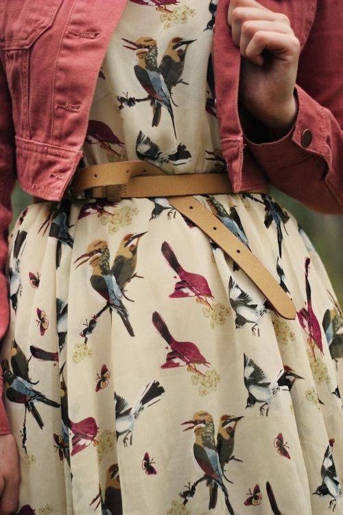 Bird-print-dress-live-the-chirpy-lifestyle-wallpaper-wp5603406