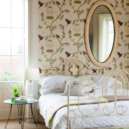 Birdcage-Walk-by-Nina-Campbell-distributed-by-Osborne-Little-www-osborneandlittle-com-wallpaper-wp3003711