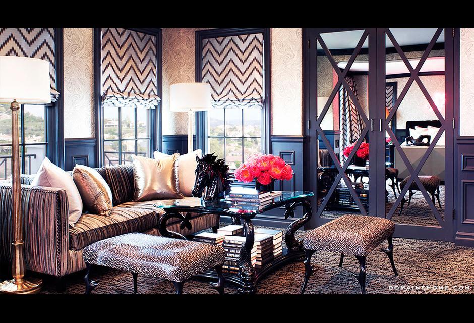 Black-White-Metallic-Kourtney-Kardashians-House-I-love-black-and-white-wallpaper-wp4604255