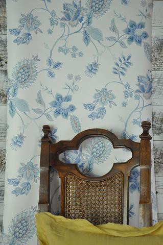 Blue-Gray-Jacobean-on-Fresh-White-GC-wallpaper-wp5005332