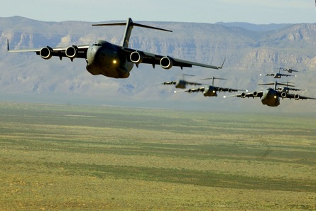 Boeing-C-Globemaster-III-a-military-aircraft-utilised-primarily-by-the-Royal-Air-Force-wallpaper-wp5804146