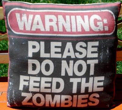 Boys-Room-Theater-Decor-Halloween-Party-Prop-Large-Zombie-Throw-Sofa-Pillowi-so-want-this-wallpaper-wp5804175