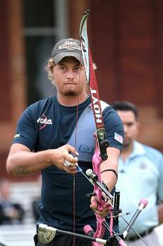 Brady-Ellison-Hoyt-Archery-wallpaper-wp4405320