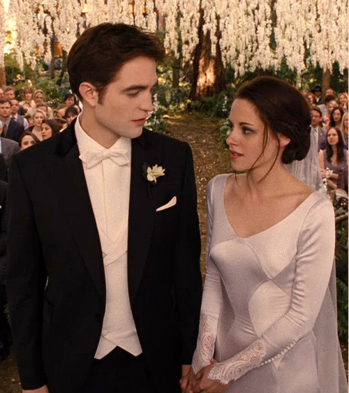 Breaking-Dawn-The-wedding-Edward-and-Bella-wallpaper-wp42180-1