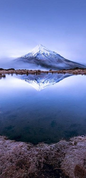 Breath-taking-Mount-Taranaki-in-the-Pouakai-T-wallpaper-wp5804190